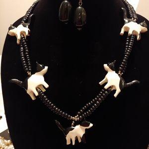 Black beaded cat necklace set